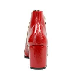 Bota Bico Fino em Verniz Vermelho 741